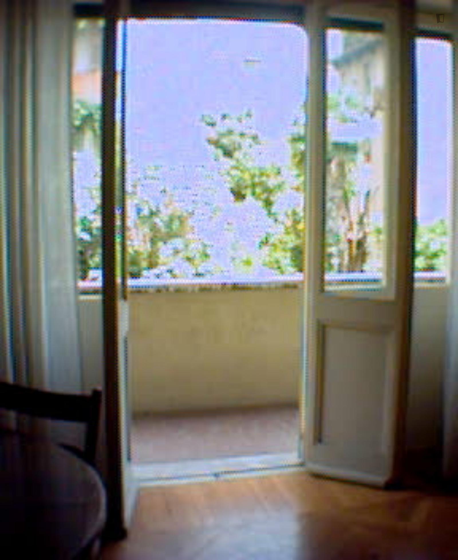 Via Fratelli Ruspoli, Rome, ME - 590 USD/ month