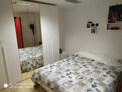 Cool double bedroom close to Porto di Mare metro station