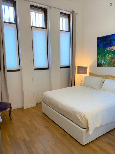 Beautiful 1-bedroom apartment near Piazza Duomo