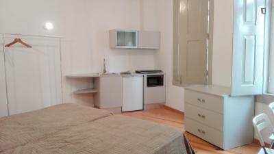Elegant and well-located studio in Baixa