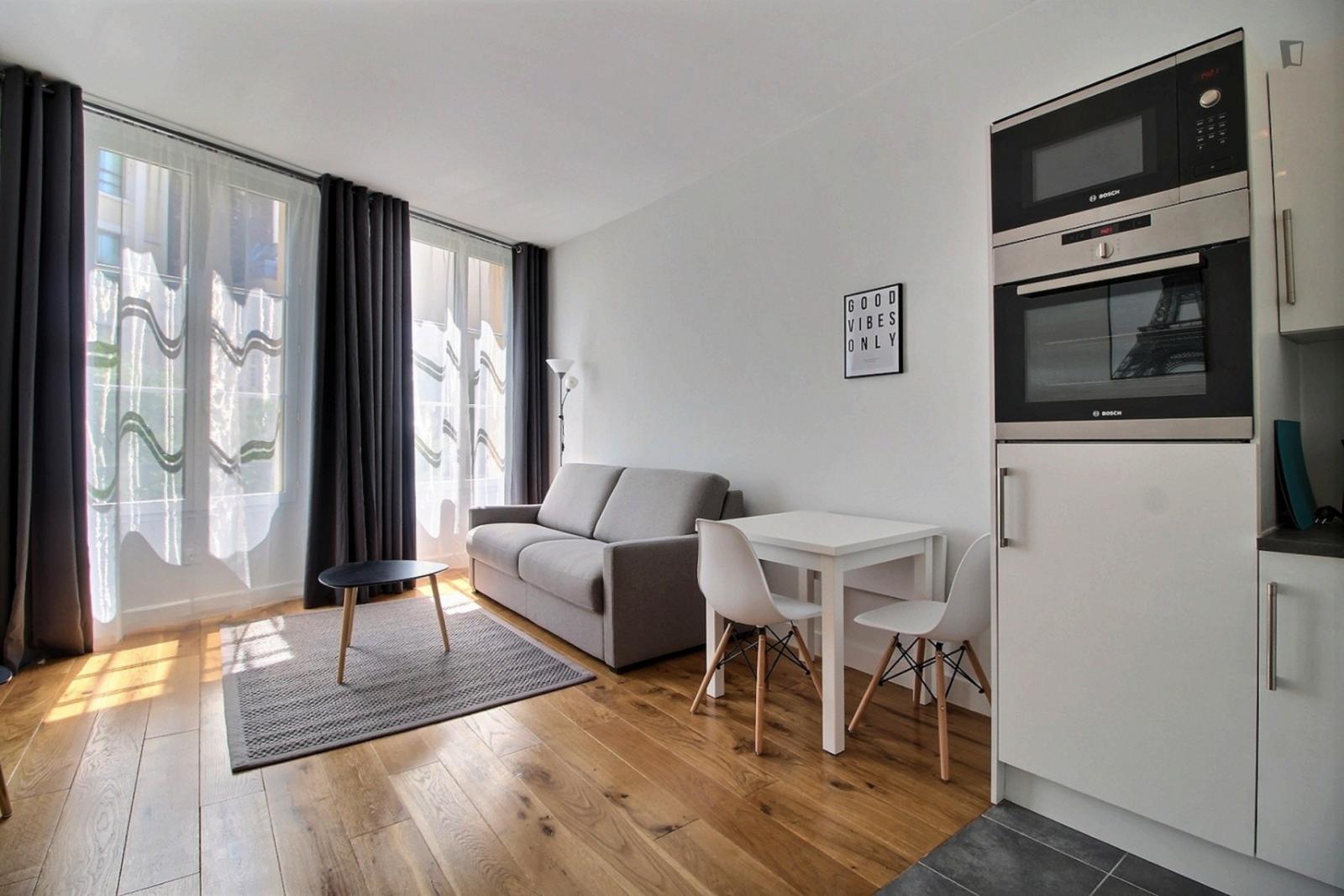 rue Suger, 6th arrondissement of Paris, FR-75 - 1,378 EUR/ month
