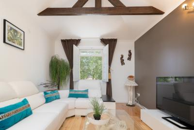 Comfy 2-bedroom flat near Bandeirinha da Saúde