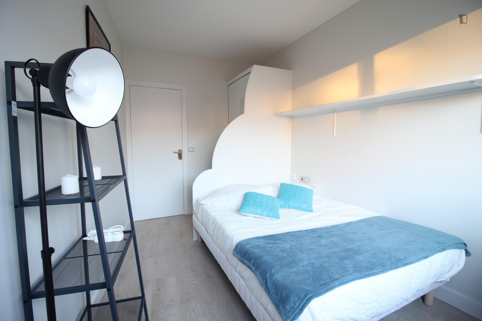 Rue Vasco de Gama, 15th arrondissement of Paris, FR-75 - 850 EUR/ month