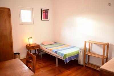 Charismatic single bedroom in Intendente