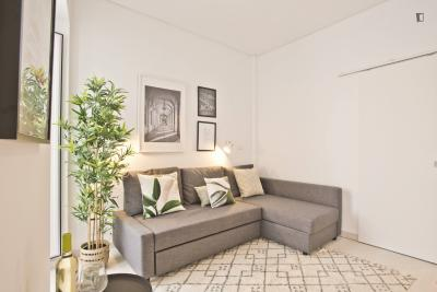 Modern and well-located apartment in Bica
