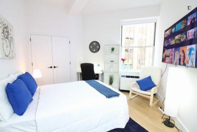 Chic double bedroom, in a residence near Wall Street metro station