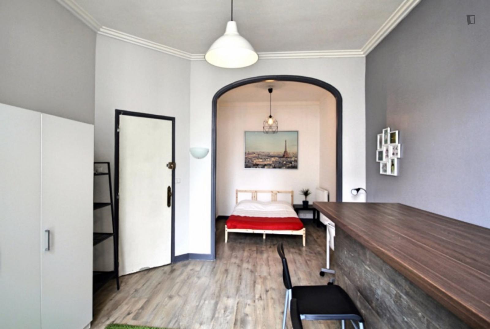 Rue Docteur Acquaviva, Marseille, FR-13 - 600 EUR/ month