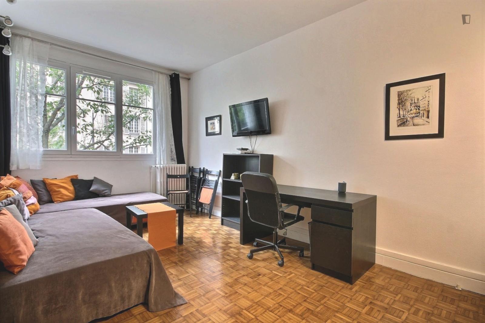 rue du Faubourg Saint Martin, 10th arrondissement of Paris, FR-75 - 1,595 EUR/ month
