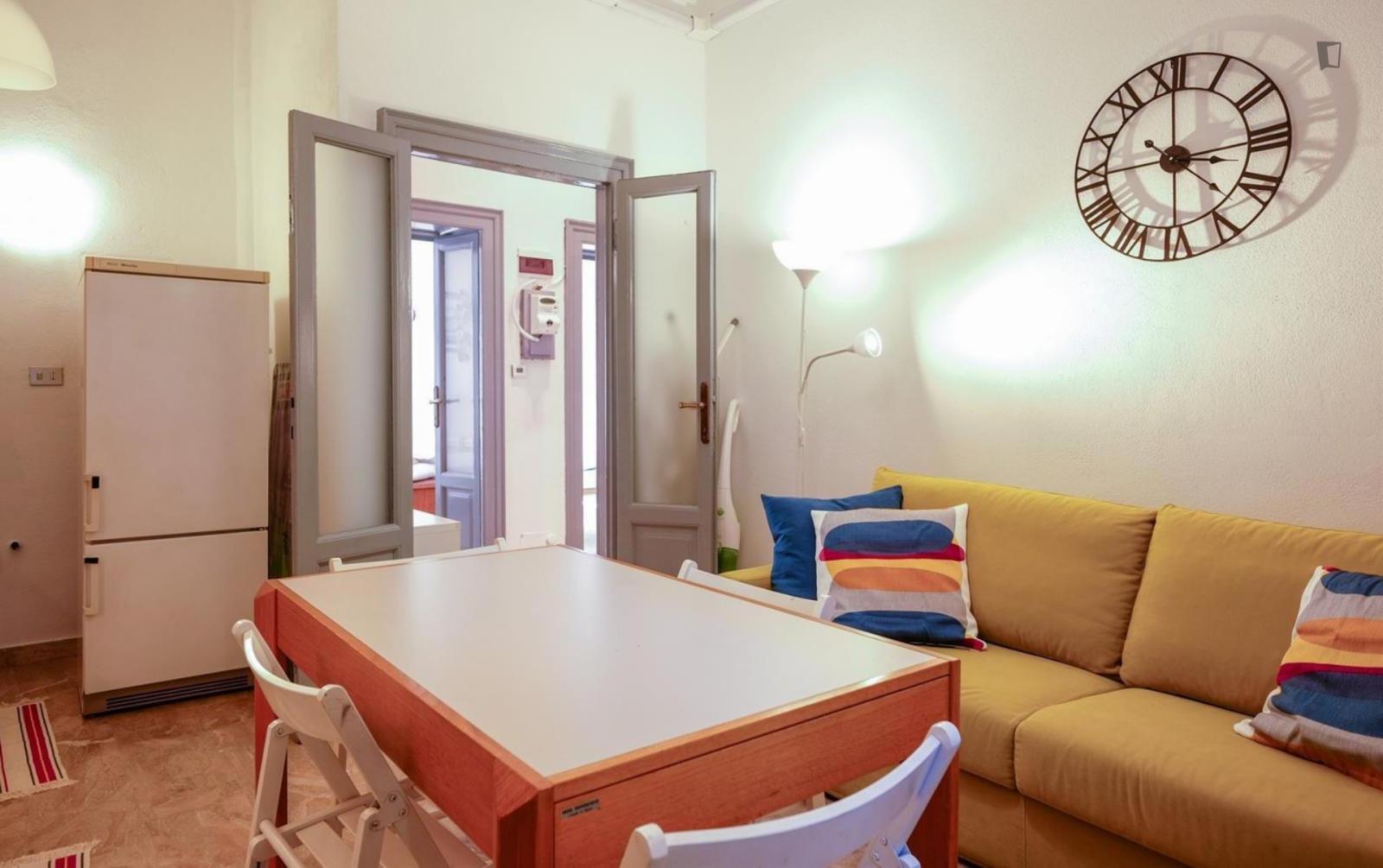 Via Tonale, Milan, TN - 1,950 USD/ month