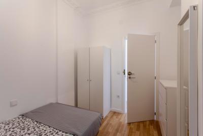 Enjoyable double bedroom near the Amistat-Casa de Salud metro