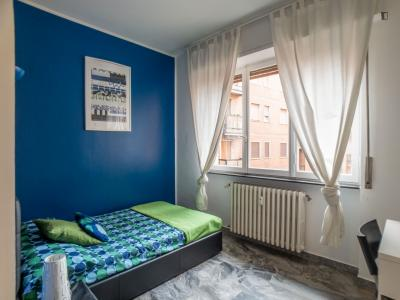 Nice single bedroom close to Institute of Design and Architecture