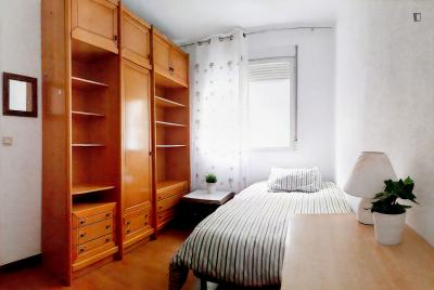 Double bedroom in 4-room apartment in Chamberí
