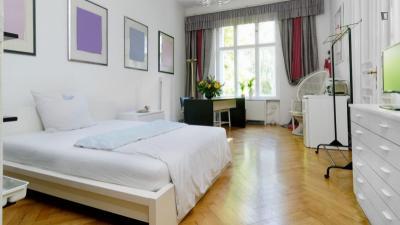 Great looking double bedroom in Wilmersdorf